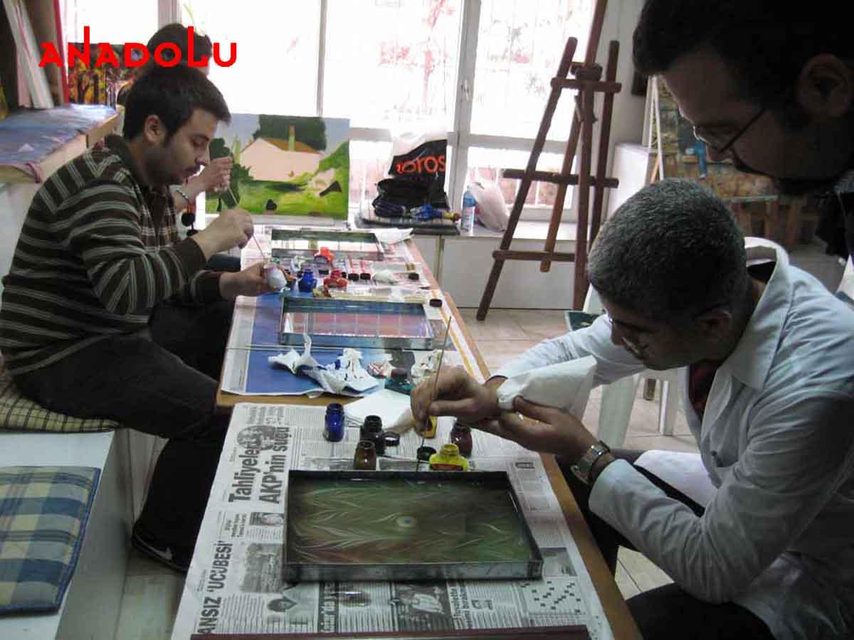 Ebru Kursunda Çalışanlar Ankara