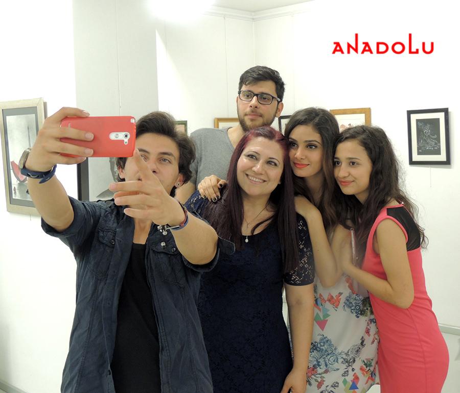 Anadolu Sanat Resim Sergisinde Kareler Ankara