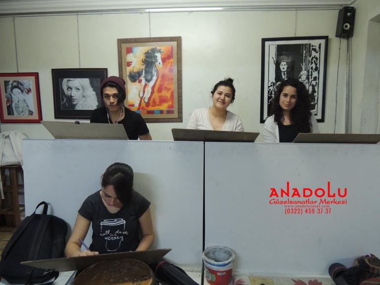Anadolu Güzel Sanatlarda Karakalem Çizim Atölyesi Ankara