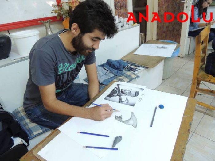Hobi Karakalem Potre Çizim Dersleri Ankara