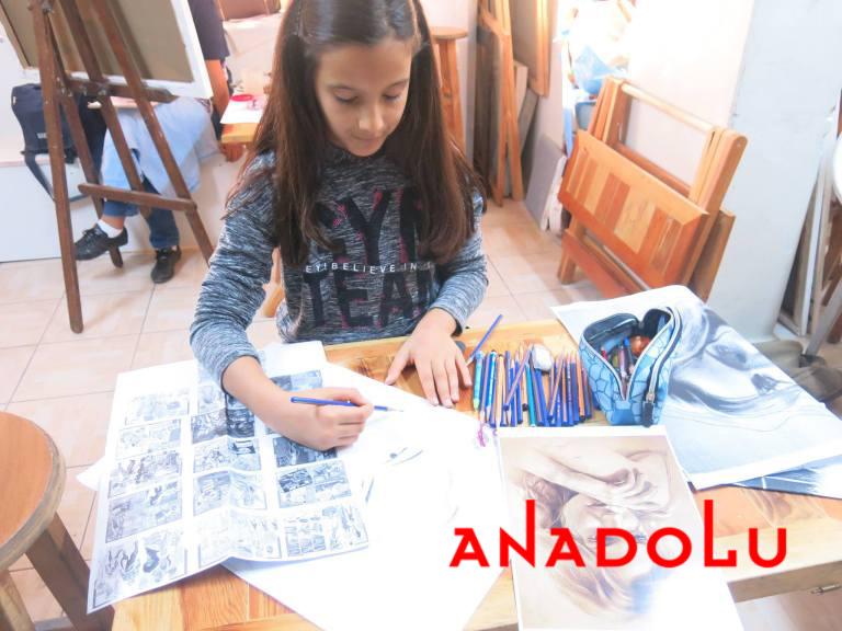 Çocuk Grupları Karakalem Potre Çizimleri Ankara