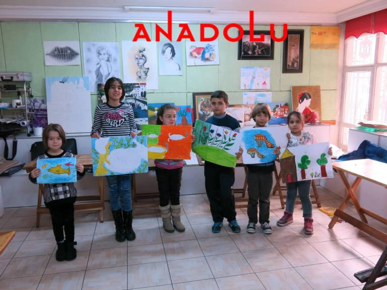 Çalışmalarını Yapan Çocuklar Ankara